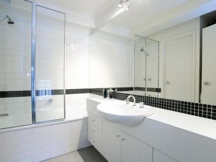 1340017eo-bath